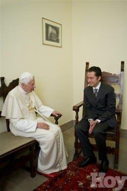 <P>El mayordomo que creía ayudar al Papa revelando los escándalos del Vaticano</P>