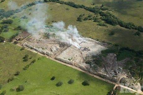 Medio Ambiente clausura vertedero de desechos sólidos de Moca por altos niveles de contaminación