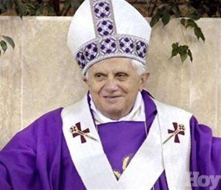 <STRONG>Papa celebra su última misa antes de abandonar el cargo</STRONG>