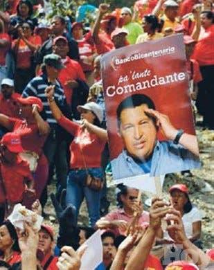 Vice Maduro dice se cerró ciclo postoperatorio de Hugo Chávez