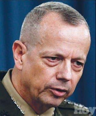 <STRONG>Panorama mundial</STRONG><BR>Renuncia generalObama quería dirigiera la OTAN