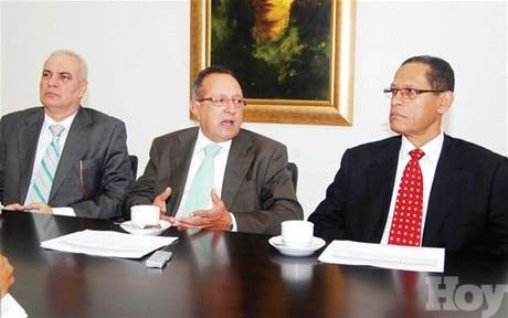 http://hoy.com.do/image/article/807/460x390/0/B7F11B21-E4D8-470C-B2FB-48929202D724.jpeg
