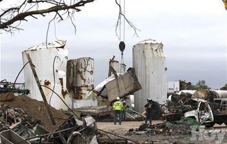 <P>Texas inicia investigación penal por explosión</P>