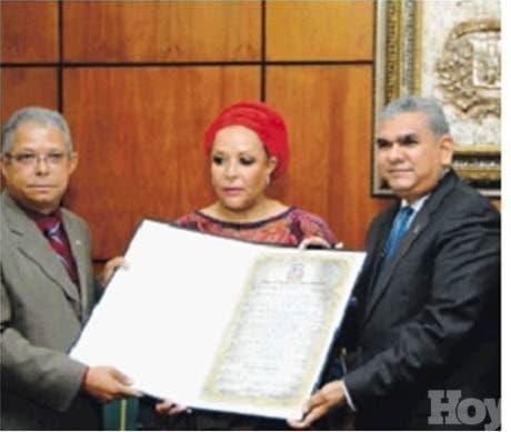 Diputados reconocen a Piedad Córdoba