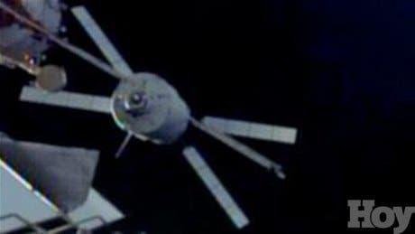 <P>El enorme carguero espacial europeo se acopla a la ISS</P>