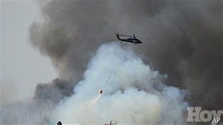 <P>Incendios forestales en Colorado desplazan a miles de personas</P>