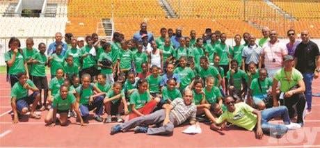 Escogen atletasparticiparon porbateyes en justa atletismo