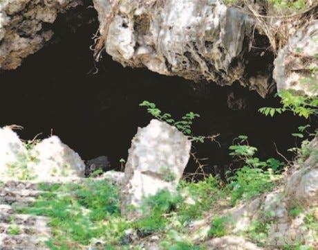 Bandas se esconden en cuevas farallones Mirador Sur