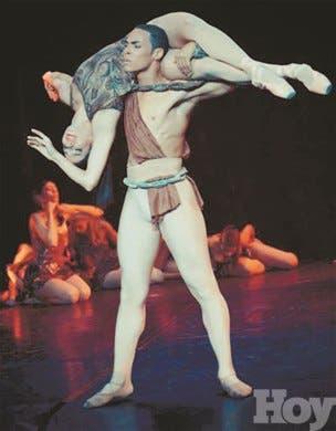 Alexander Duval con pasos firmes en la danza