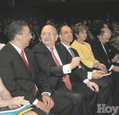 http://hoy.com.do/image/article/833/460x390/0/A6B00910-E326-4963-9142-433153FC095E.jpeg