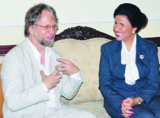 Antanás Mockus junto a la Vicepresidenta Margarita Cedeño