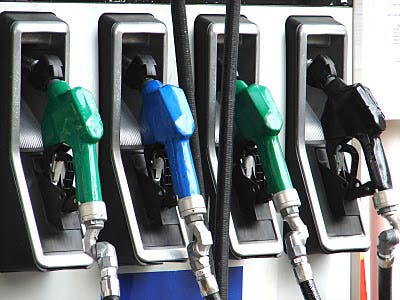 Precios combustibles se quedan igual