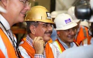 Danilo Medina visitó Barrick Gold
