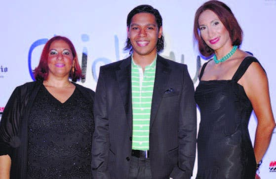 Sumaya Herrera, Cristian Pérez y Wendy Queliz