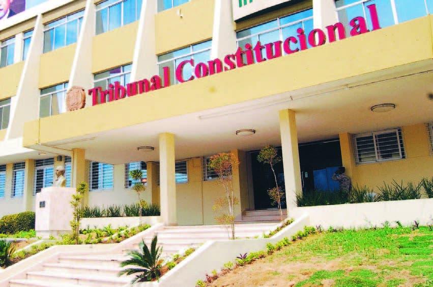 TRIBUNAL CONST