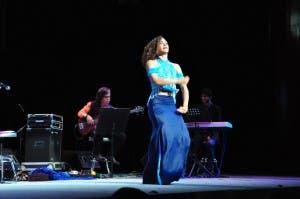 Patricia Abreu Albiac es la  bailadora y coreógrafa de Postales Word Music Flamenco.