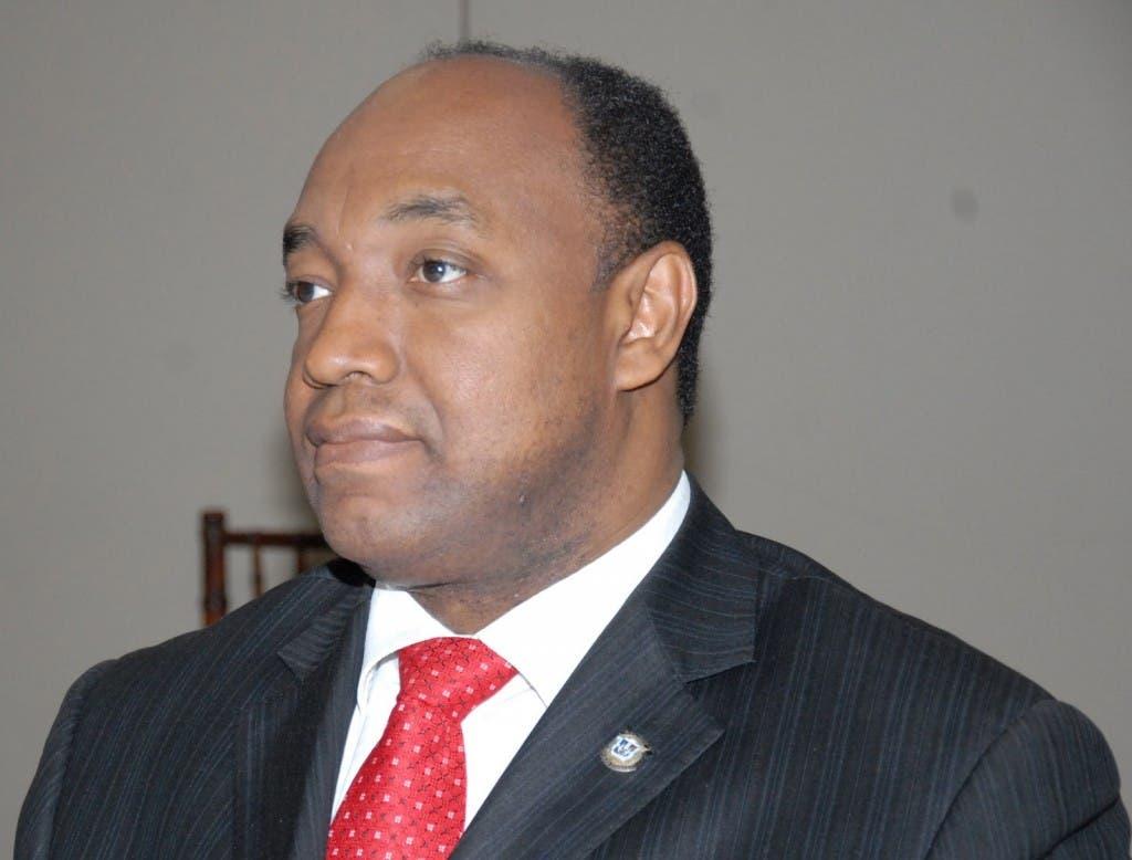 Elpidio Báez, diputado y presidente de la comisión permanente  de Interior  y Policía, que tuvo a su cargo el estudio del mismo en la Cámara baja.
