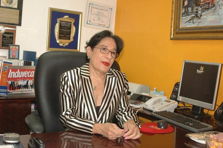 FOTO I-Rosa Dinorah Peña-Presidenta de Fenacerd