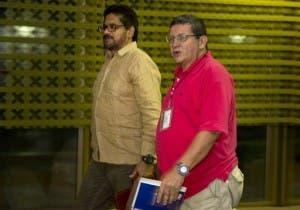 FARC desmienten atentados contra Uribe y el Fiscal