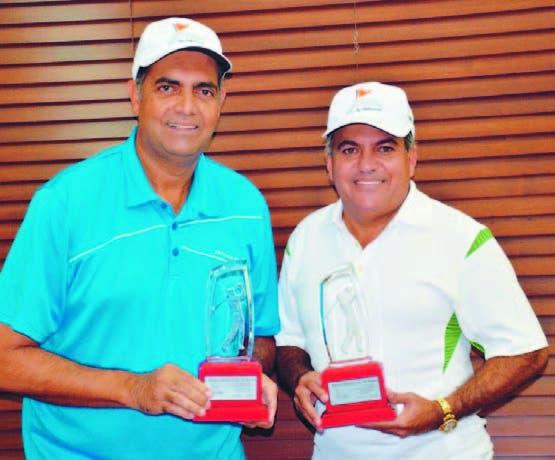 Leo Sánchez y Ricardo Mejía, campeones en golf en PP