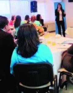 Natalia Inoa en la conferencia
