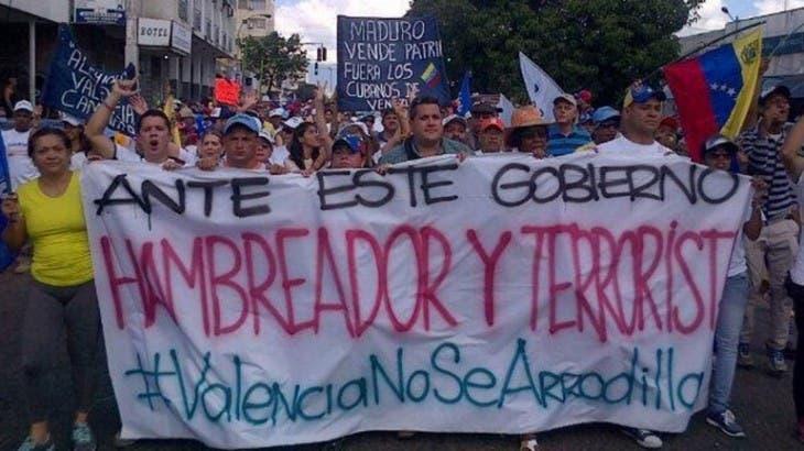 Oposición protesta contra crisis y escasez Venezuela