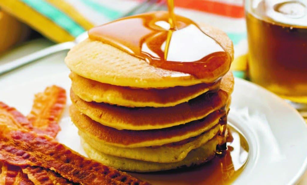 Por ser la primera comida del día, se recomienda  dedicar por lo menos unos  15 minutos para desayunar con  tranquilidad