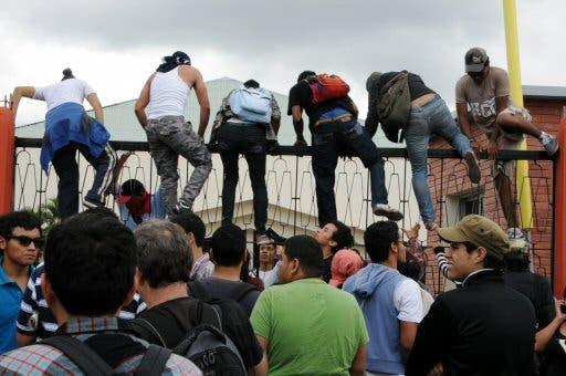 Protesta en Honduras tras elecciones. Foto AFP, Orlando Sierra.