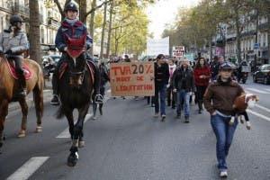 Protestan contra impuestos en Francia