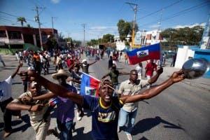 Violencia en Haití; enfrentamientos entre Policía y manifestantes anti-gubernamentales