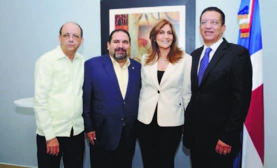 Tico Díaz, Ramón Rogelio Genao, Miriam de Jones y Jhonny Jones