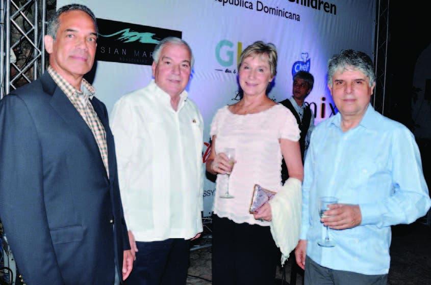 Tony Rivera, Fernando Rainieri, Carolyn Rose-Ávila y Andrés Ferrer