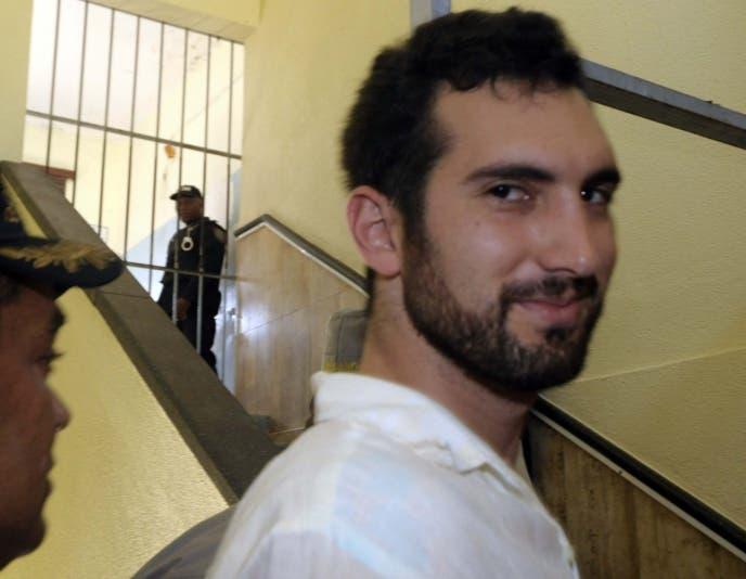 Condenan a un año de prisión a Karim Abu por difamación