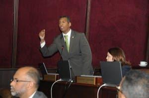 Legisladores aprueban proyecto que regula y protege los datos personales o ley de Habeas Data