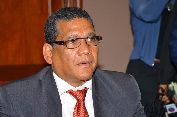 Reunion Director de Aduanas con los diputados de comision perman