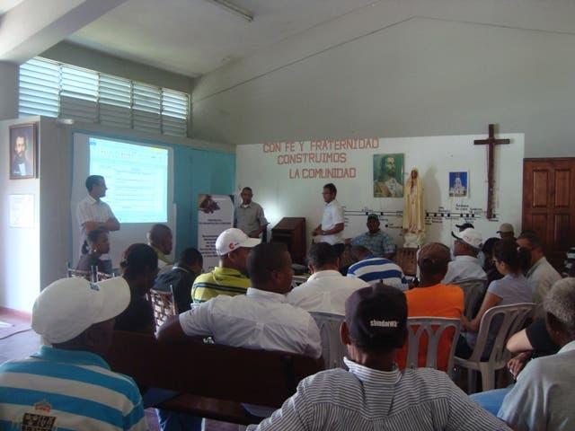 Organizaciones y ayuntamientos aúnan esfuerzos por desarrollo de Hondo Valle y Juan Santiago