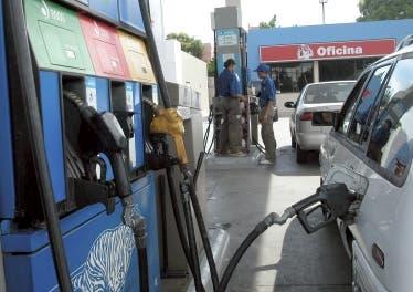 Aquí los precios de los combustibles: Gasoil sube RD$1.00 y GLP baja RD$3.00