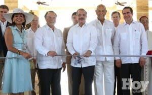 Inauguran The Westin Puntacana; Presidente pide evitar los excesos