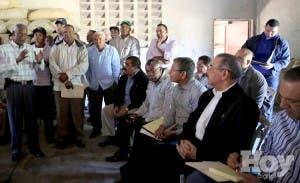 Medina va Elías Piña, dice darían comida estudiantes vacaciones