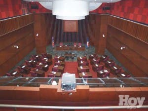 Legisladores defienden fondos de asistencia social