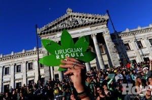 """Eligen a Uruguay """"país del año"""" por legalizar marihuana y aprobar matrimonio gay"""