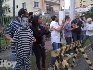 Activistas se retiran de Funglode tras enfrentamiento con vecinos