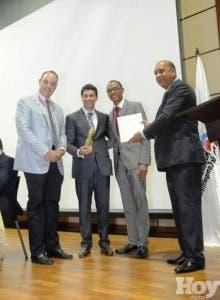 EGE Haina obtuvo el Premio a la Excelencia en Producción Más Limpia por el Parque Eólico Los Cocos.