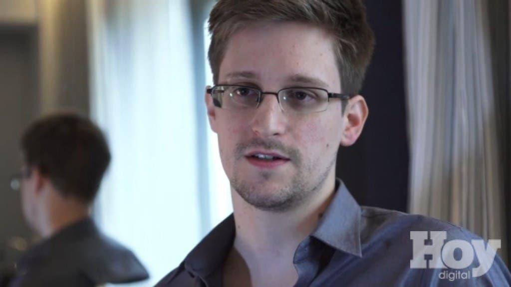 Snowden llega a Twitter y comienza siguiendo a la cuenta de la NSA
