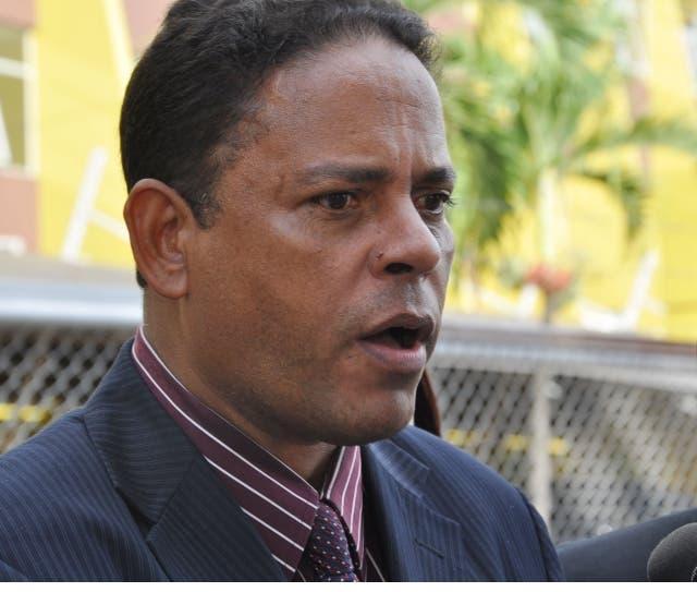 Reverendo: Embajador de EEUU se pasó de la raya en caminata gay