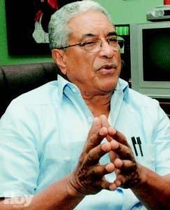 Luis Gómez cree juristas tienen  posición nacionalista errada