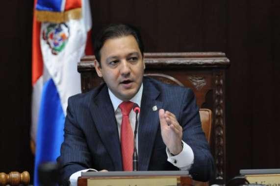 Diputados debaten reconocimiento a desnacionalizados