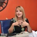 Nuria Piera  en su oficina del Canal 9 Color Visión  .Hoy/ José Francisco
