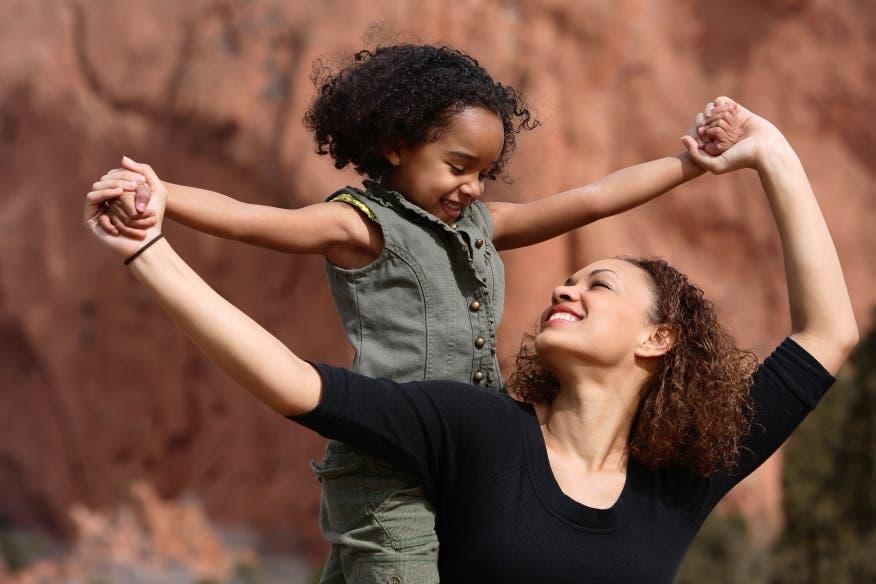 Videos: «Madre Mía» y otras canciones para dedicar en este Día de las Madres