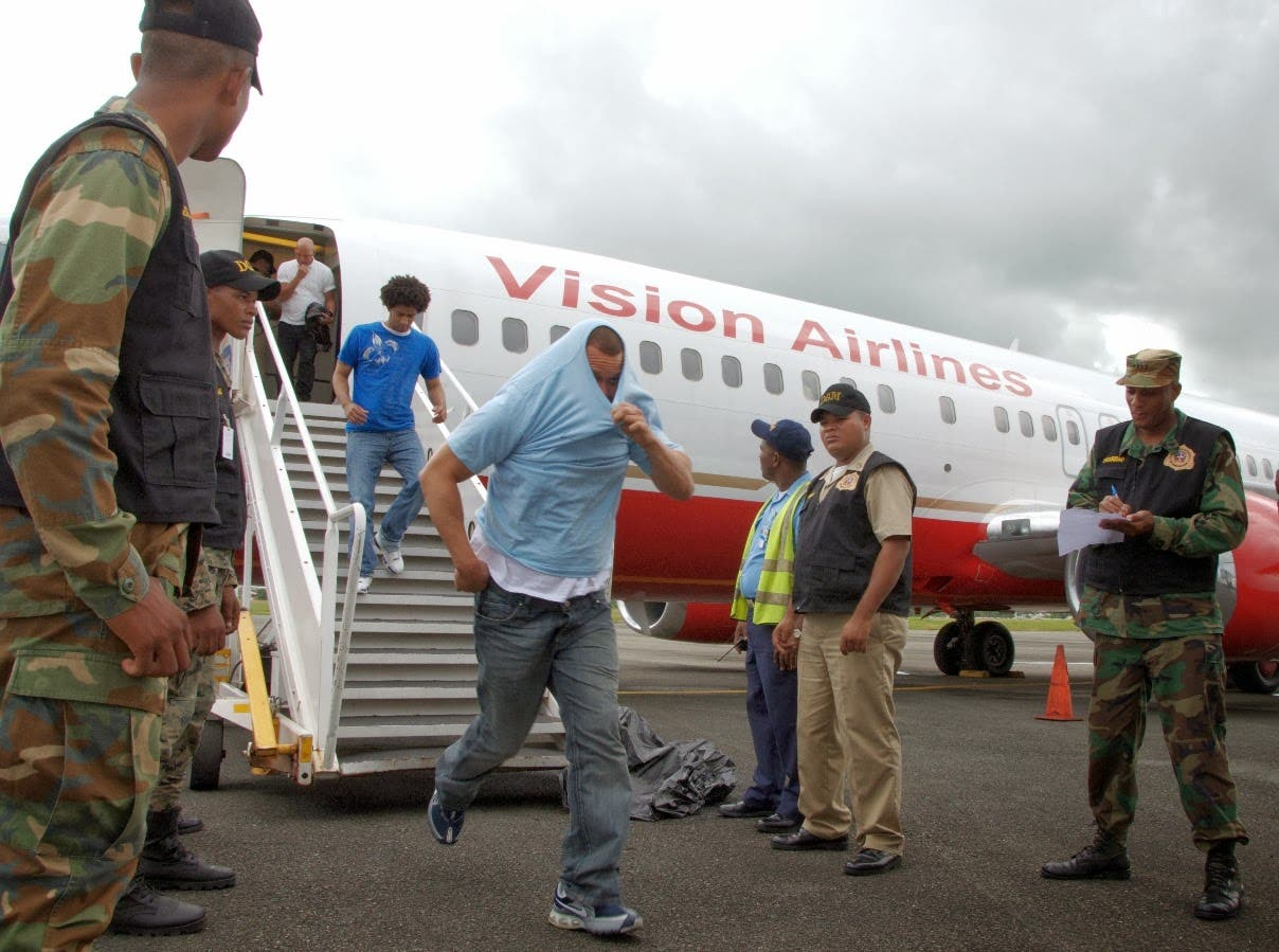 Suman más de 2,000 los dominicanos repatriados desde Estados Unidos